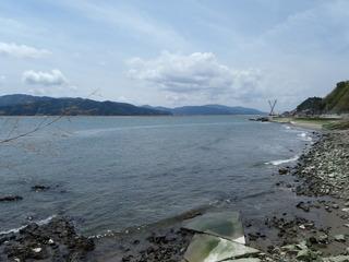 20110616_008十三浜追波川河口
