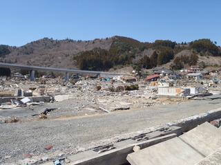 20110406_019雄勝水浜