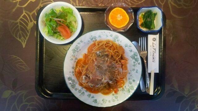 海老とトマトきのこクリームスパゲッティ 1