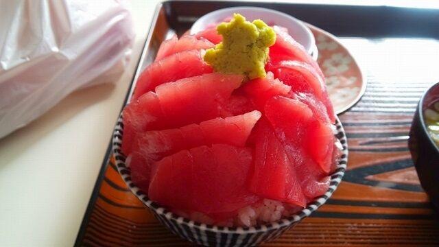 本マグロ丼3