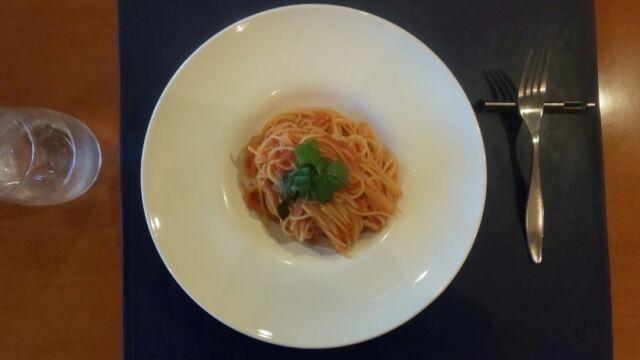 スパゲッティーニ フレッシュトマト・バジリコ和え 1