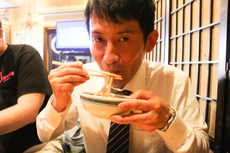 『メシ通』に鳩ヶ谷ソース焼きうどんが載りました!