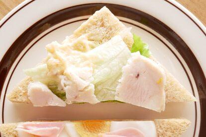 たんぱく質が摂れるチキンサラダサンド