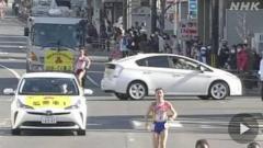 全国高校駅伝 女子のレース中に車がコース横切る 京都