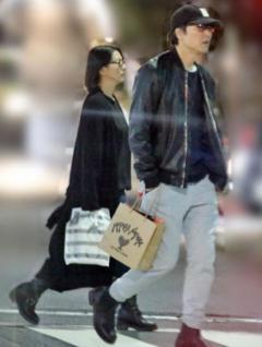 小泉今日子と交際中の豊原功補が妻と離婚成立 「円満離婚」を強調