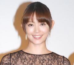 岩佐真悠子が芸能界引退を発表 17年間に感謝「今後は介護の仕事に携わりたいと思います」