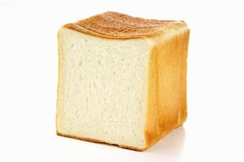 食パンに挟むと美味しい