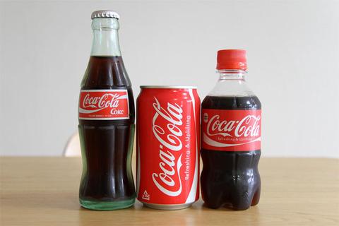 瓶のコーラが美味しい