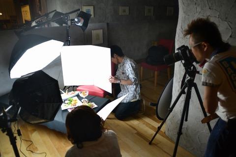 飯屋でカメラ撮影している人どう思う