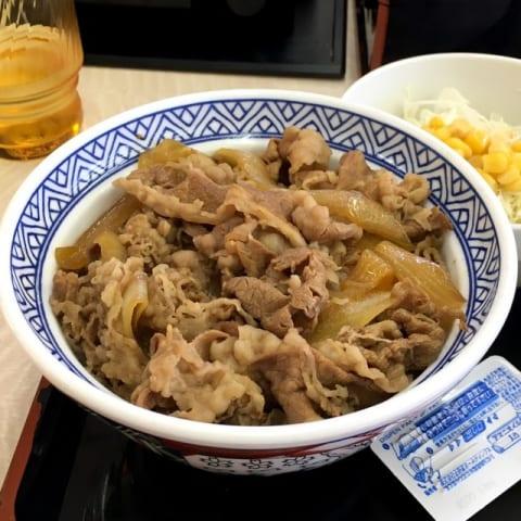 牛丼チェーン店で一番旨いのは吉野家という事実