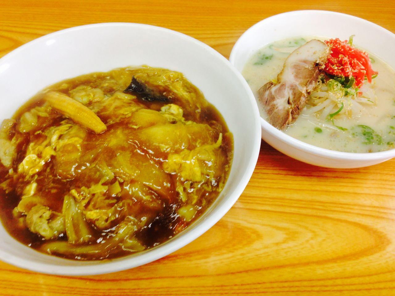 カレー中華丼、トンコツラーメン