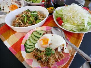 インスタント食品:おうちでお手軽タイ料理!ラープ