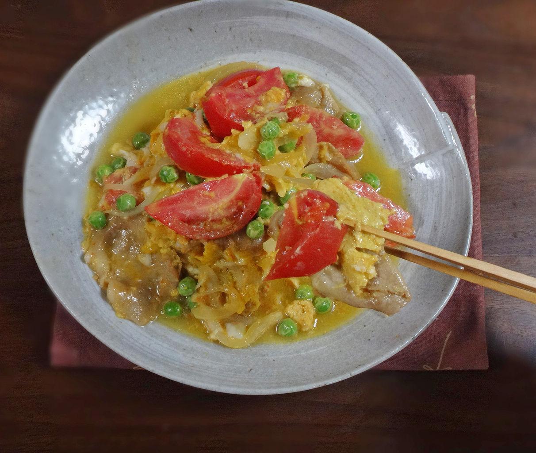 6分で簡単調理!豚肉生姜焼き風 トマトとえんどうの卵とじ