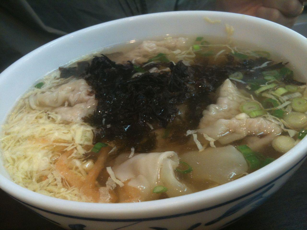 食べ台湾!美味しい台北  温州大餛飩 街で良く見るワンタン屋  コメント