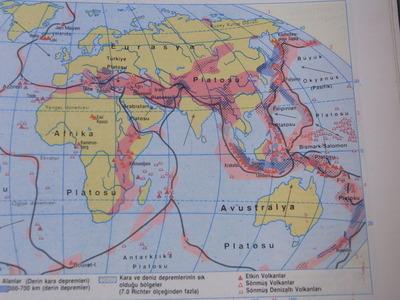 トルコの世界地図帳RIMG2334