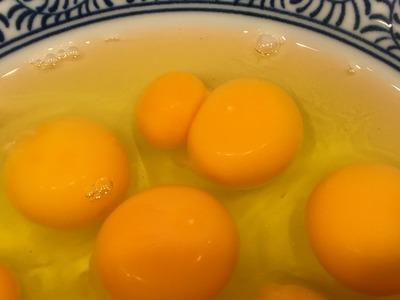 台湾まぜそば双子の卵黄IMG_1063[1]