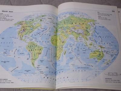 ジンバブエ世界地図帳RIMG2304