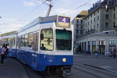 スイス旅行記 チューリッヒ トラムIMGP3807