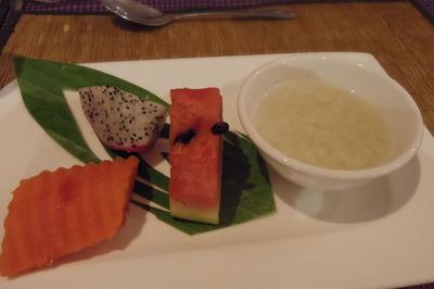 por cuisine(ポーキュージーン) シェムリアップIMGP5057