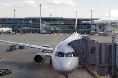 スイス旅行記 チューリッヒ国際空港IMGP3968