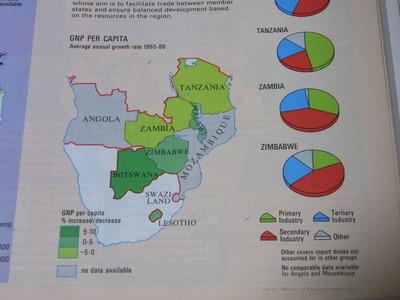 ジンバブエ世界地図帳RIMG2294