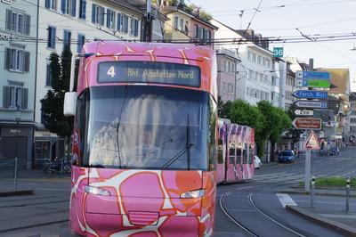 スイス旅行記 チューリッヒ トラムIMGP3806