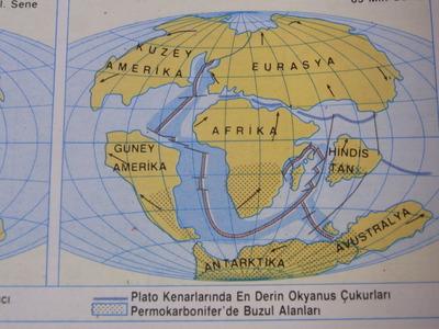 トルコの世界地図帳RIMG2335