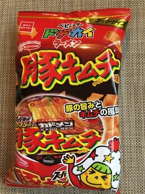 ベビースタードデカイラーメン 豚キムチ味IMG_0823