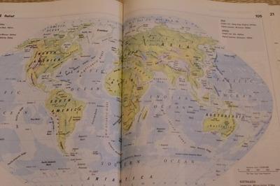 ジンバブエ世界地図帳集めるマニアコレクターIMGP6861