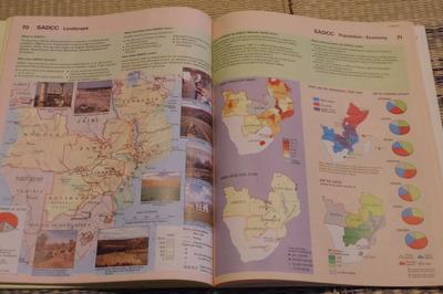 ジンバブエ世界地図帳集めるマニアコレクターIMGP6868