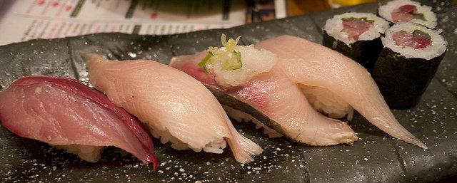 ワイ、寿司食いに行く