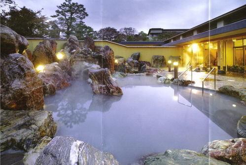 金太郎温泉(富山県魚津市天神野新)