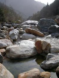 葛温泉河原の野湯(長野県大町市平)