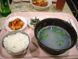 船内の夕食2