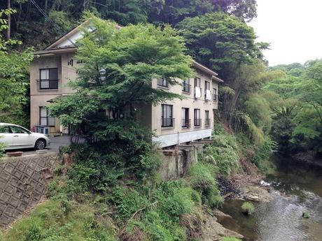 隠れ湯の宿 川の家(千葉県大多喜町葛藤)
