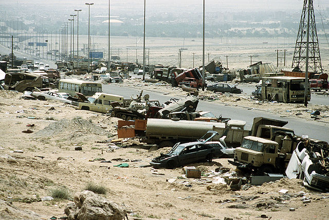 640px-Demolished_vehicles_line_Highway_80_on_18_Apr_1991