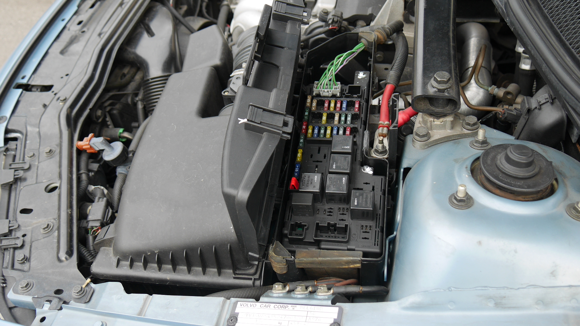 2006 Volvo Xc70 Fuse Box Wiring Library 2013 Toyota Highlander Location 2005 To 2007 V70 Locations P4940893