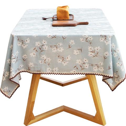 花柄青色のテーブルクロス