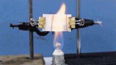 火災報知機になる壁紙