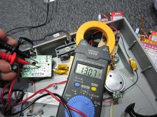 PX-E860 ラインアンプのバッテリー駆動