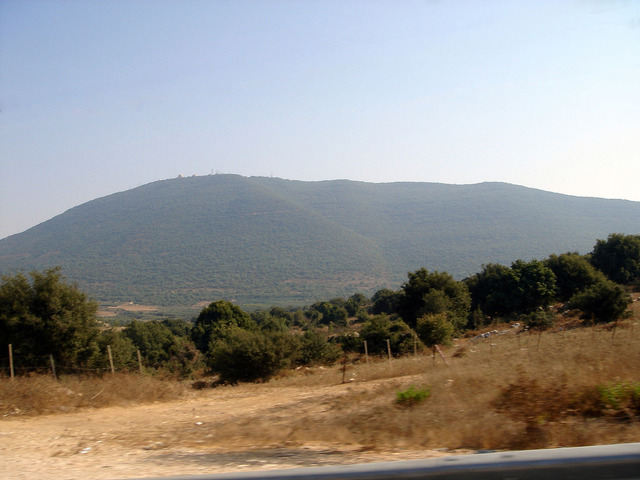 1920px-Northern_slope_of_Mount_Meron