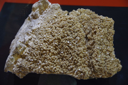 Sample_of_Hokutolite_in_National_Taiwan_Museum