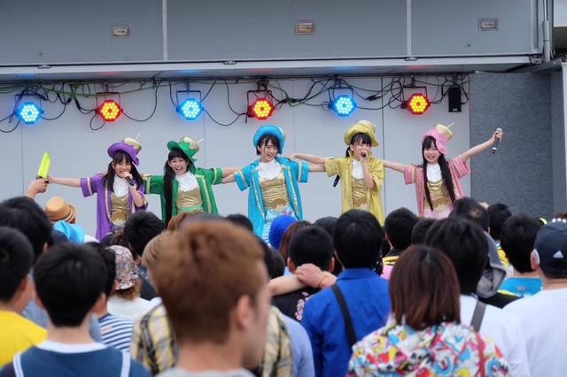 t2015_05_16_a_taco_staff10