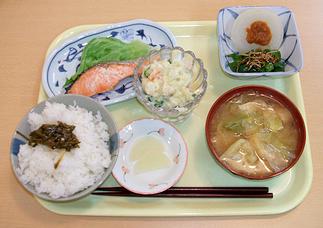 「軽食喫茶・ショップふれあい1」(浦田先生)