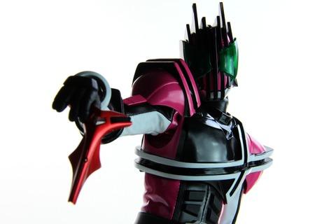メディコムトイ Project BM! 仮面ライダーディケイド 激情態 レビュー