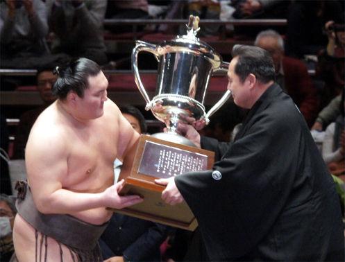 大相撲!土俵の目撃者      写真で見る日本大相撲トーナメント第40回大会    コメントトラックバック