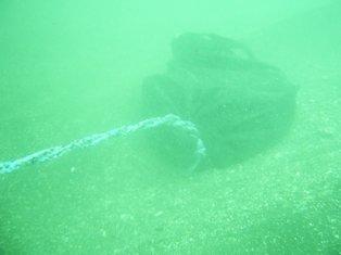 水中の土嚢
