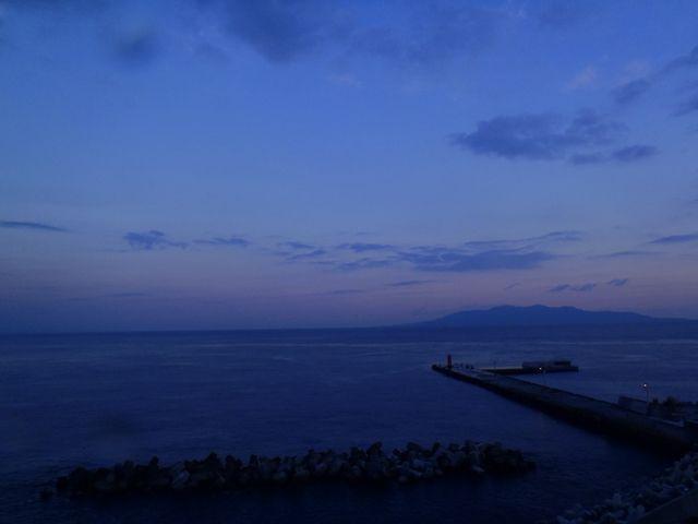 利島2 (2)
