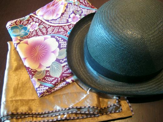 ふろしきと麦わら帽子