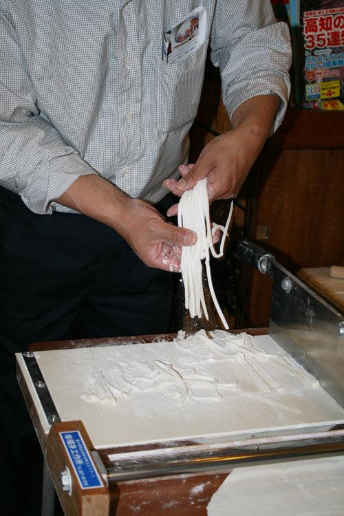 2013-0629-udon-kiru